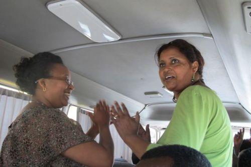 bus dancing