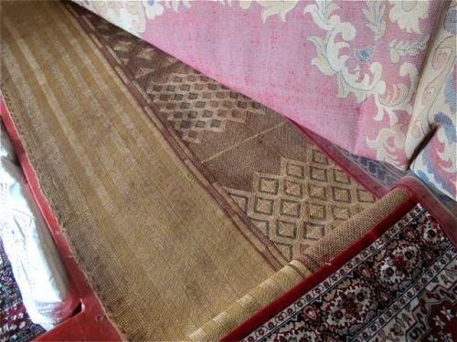 orignal harari carpet weaving